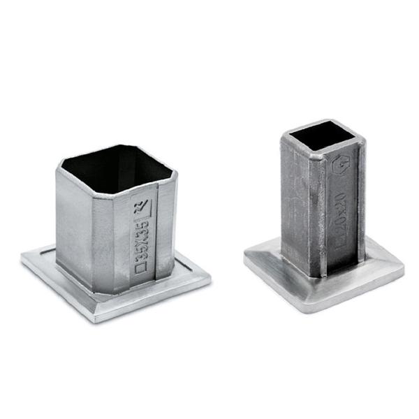 Rohrbefestigungshülse für Vierkantrohr 20 oder35 mm